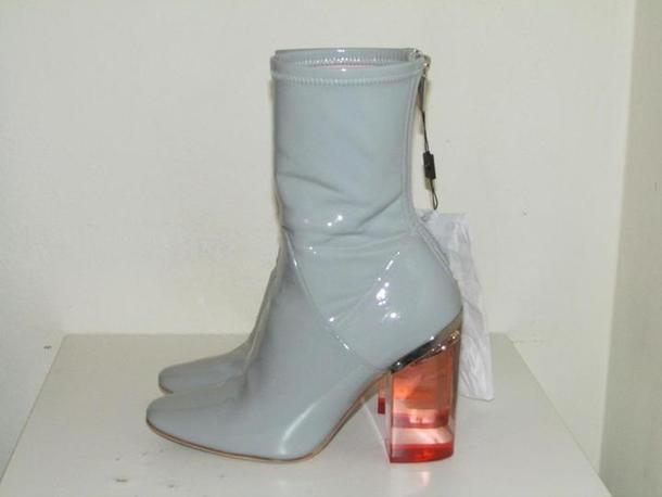 b2a4bab6ba5 Shoes, $1 at tbcconsignment.com - Wheretoget