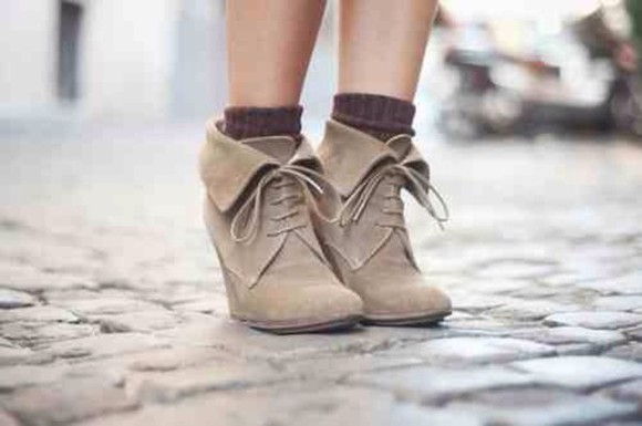 shoes boots ankle boots brown shoes wedges tan lace-up shoes fold over booties folded combat boots fold over boots laces