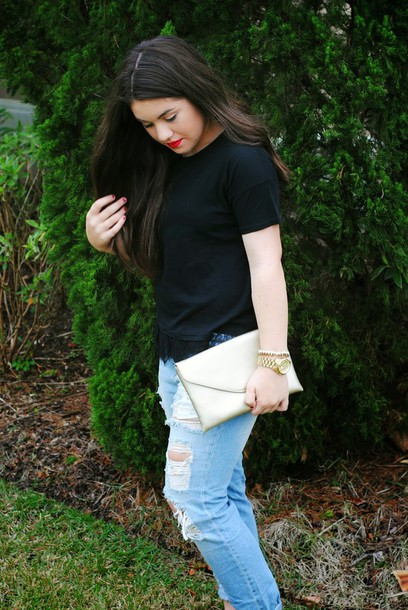 madison lane blogger top ripped jeans pouch jeans shoes bag jewels