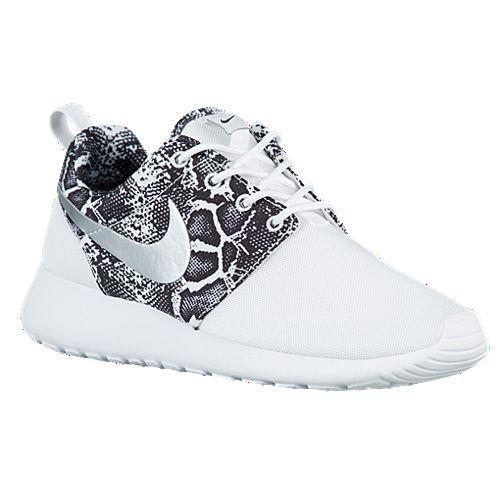 1f972830dbc3 NIB Nike Roshe Run Sneaker White Black Snake 5.5 -10 half Women