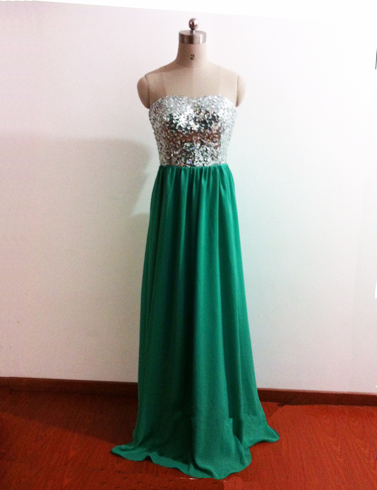 Gorgeous A-line Sequins Green Chiff..