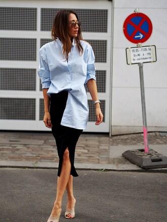 nina @ www.helloshopping.de - it's a blog. blogger shirt skirt