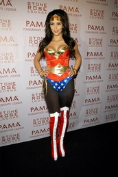 shoes,kim kardashian,boots,wonderwoman,costume,halloween costume