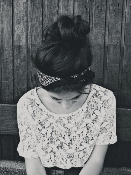 fashion squad tumblr girl tumblr blouse lace shirt jewels lace, white, and black t-shirt white