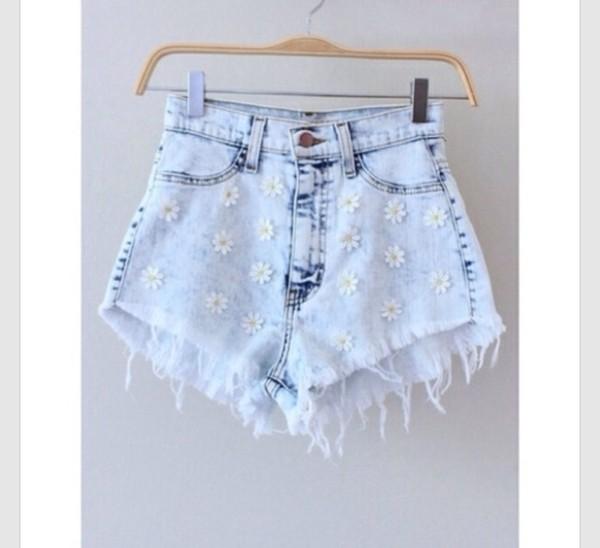 shorts daisy