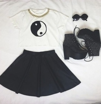 blouse white crop tops solid black jeffrey campbell lita gold chain crop tops yin yang black skater skirt jeffrey campbell tank top top