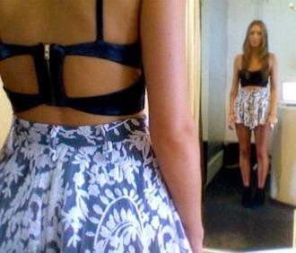skirt bra blue pattern print bralette zip backless cut-out shorts skorts white black t-shirt tank top