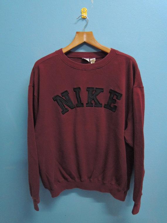 reserve 90's Vintage Nike Training Big Wording Logo Sport Sweatshirt Pull Over Crewneck Street Wear