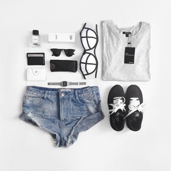 swimwear clothes fashion style summer pretty grunge black and white monochrome t-shirt bag sunglasses shoes
