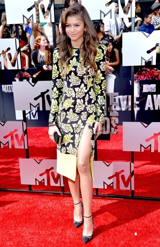 zendaya dress fashion floral dress black green white