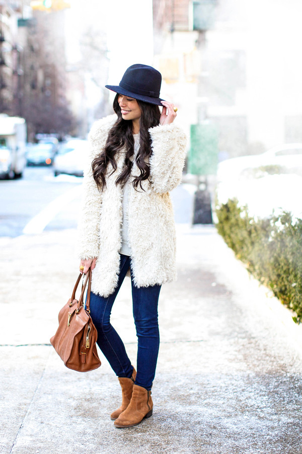 with love from kat coat sweater jeans shoes hat bag