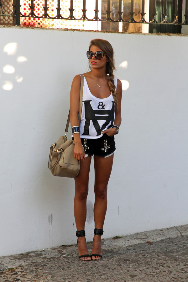 seams for a desire t-shirt shorts shoes bag sunglasses jewels