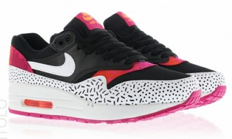 shoes nike shoes pink shoes black shoes whiteshoes