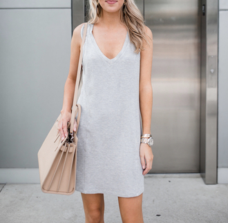 dress tumblr mini dress grey dress sleeveless sleeveless dress v neck v neck dress summer dress summer outfits bag nude bag