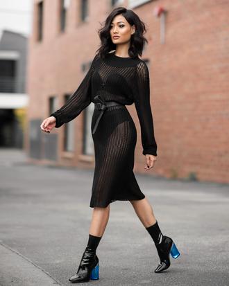 shoes black sheer dress black belt black ankle boots blogger