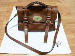 122c4aef11d2 Authentic Medium Mulberry Alexa Soft Buffallo Leather with Dust Bag ...