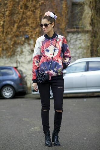 from brussels with love blogger baseball jacket print cute black jeans ripped jeans flower crown jeans jacket shoes bag