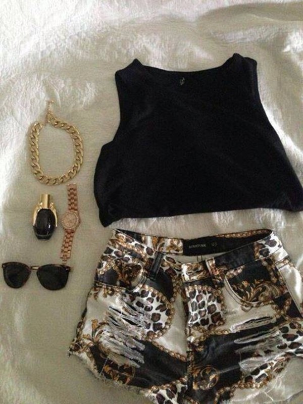shirt shorts jewels nail polish sunglasses