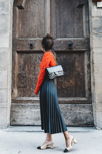 shoes slingbacks chanel pleated skirt streetstyle chanel bag black bag nude shoes midi skirt sweater blogger skirt