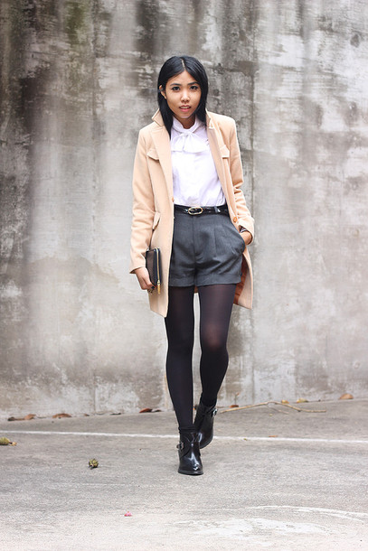fashion of a novice blouse shorts coat shoes