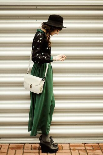 dress green maxi dress boho chiffon flowy fedora white bag platform shoes cardigan black black fedora
