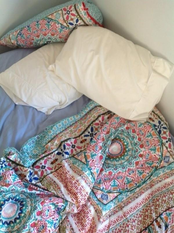 bedroom bedding paisley mandala boho boho decor multicolor pattern lazy day