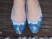 shoes,sea,blue,waves,ballet flats