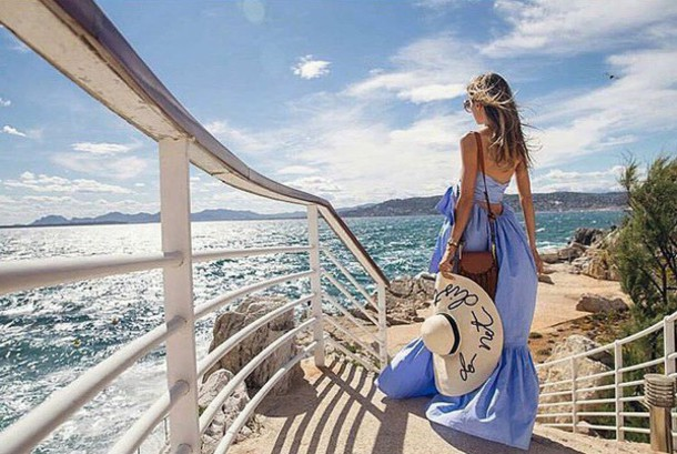Summer Sundress Sightseeing Tourist Urban Straw Hat Sneakers