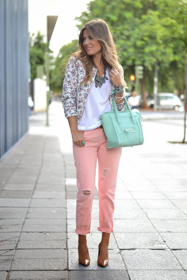 mi aventura con la moda blogger jacket jeans t-shirt jewels bag make-up