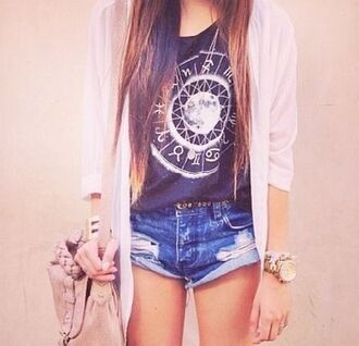 t-shirt shorts cardigan gilet montre sac a main