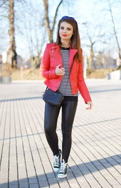 a piece of anna,blogger,jacket,red jacket,striped top,leather leggings,shoes,pants,sweater,sunglasses,bag
