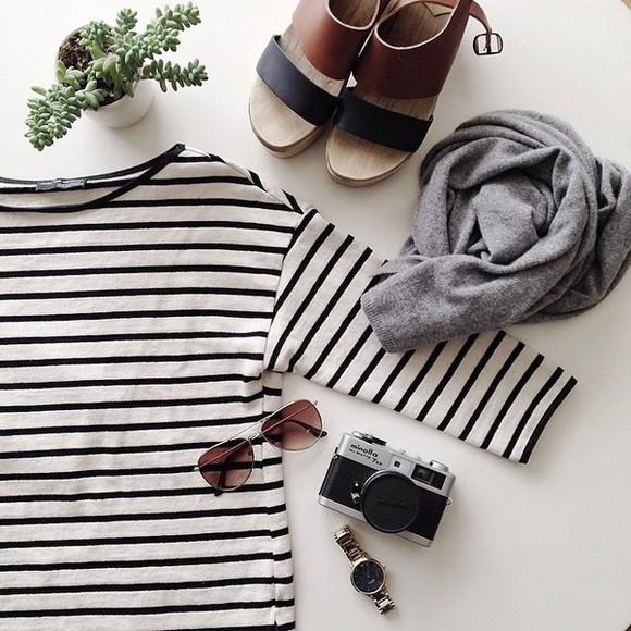 jumper t-shirt stripes black and white b&w jewels blouse