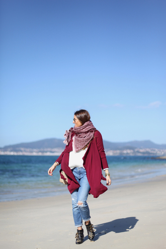 b a r t a b a c blogger sunglasses jewels scarf burgundy coat ripped jeans cropped jeans boots