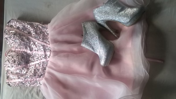 dress prom dress shoes high heels pink pink dress girly sparkle sparkly shoes