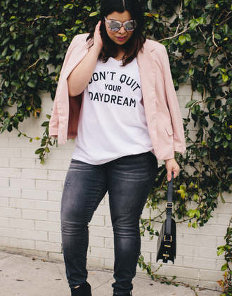 jeans plus size jeans black jeans denim t-shirt white t-shirt curvy plus size plus size top quote on it blazer pink blazer spring outfits bag black bag