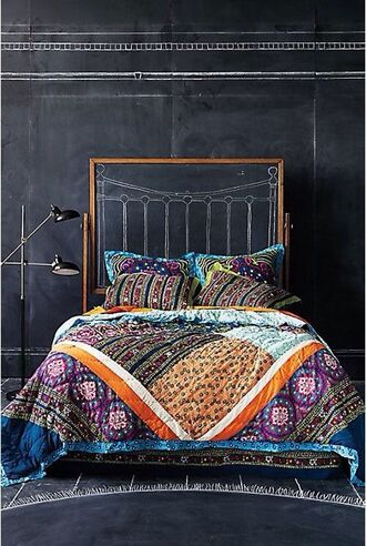 home accessory quilt duvet cover bedding rainbow boho indian bohemian ethnic aztec pattern detail detailed colorful cozy comfy summer spring fall outfits winter outfits warm world adventure