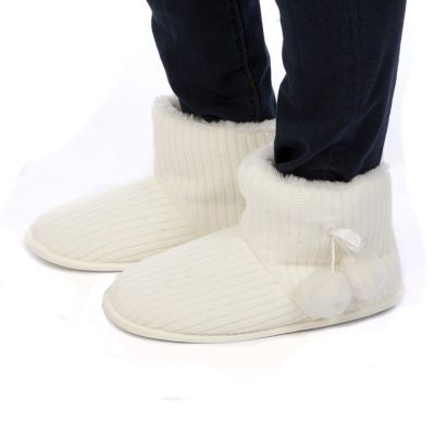 Ladies Sweater Knit White Slipper Boots – Choose Size