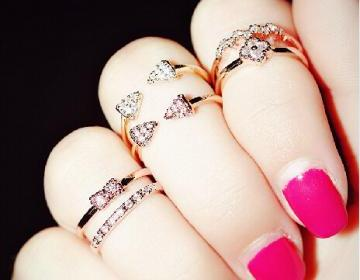 Pretty Knuckle Rings, Daisy Rings, ..