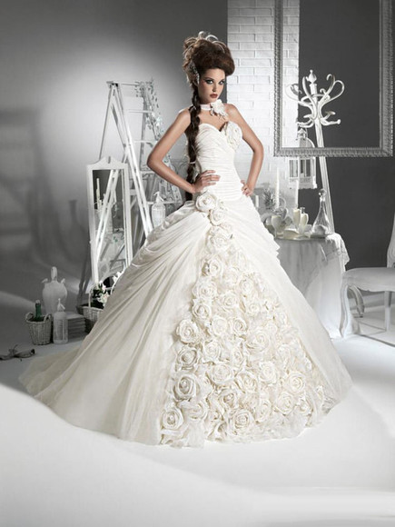 colthes dress: wedding dress gown evening designer garment floral designers white stunning great roses rose chiffon clothes: wedding