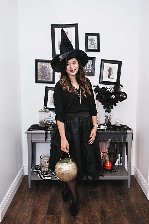 sandy a la mode blogger halloween decor halloween costume witch wheretoget. Black Bedroom Furniture Sets. Home Design Ideas