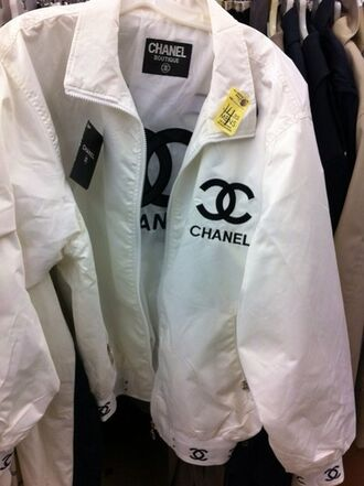 coat black and white chanel windbreaker atropina jacket vintage white cc cool chanel style jacket bomber jacket designer boutique tumblr zip zip-up zipper jacket black chic amazing mature model grunge dope fashion chanel jacket