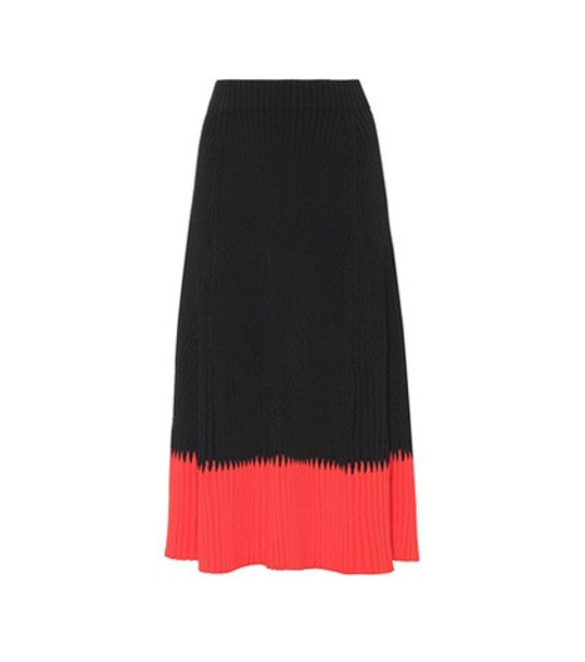 Alexander McQueen Ribbed skirt in black