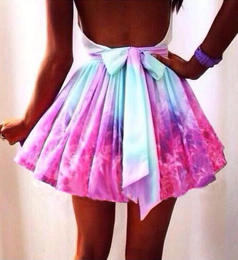 Fashion irregular galaxies skirt