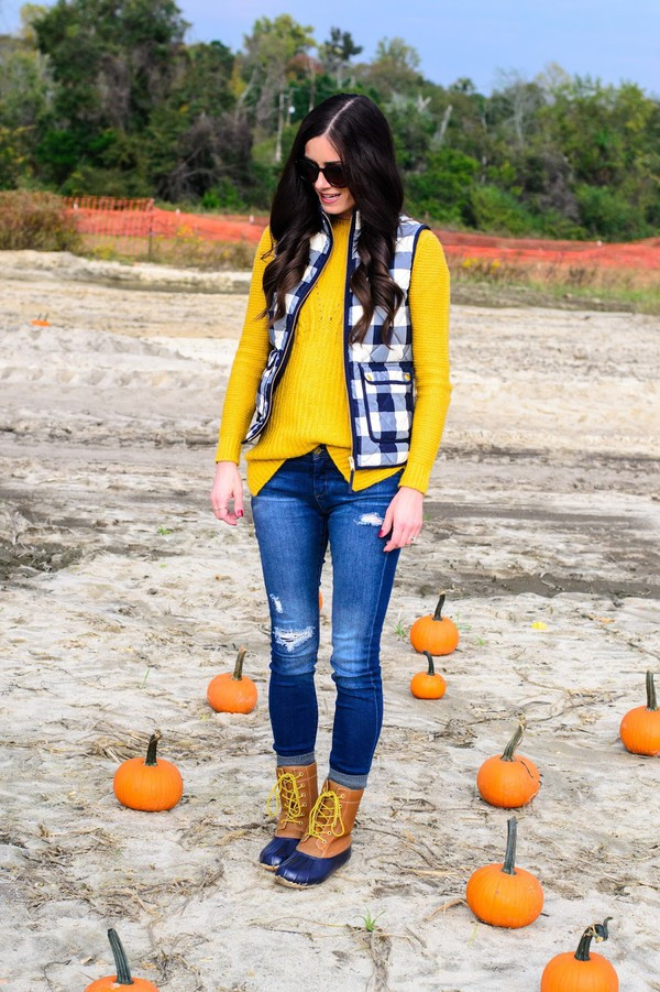 3624e6f16fe9e book of leisure, blogger, sweater, jacket, shoes, shirt, duck boots ...