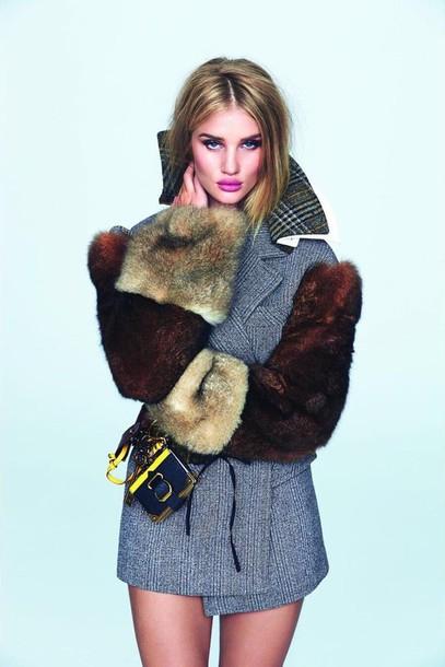 coat fall outfits fall coat rosie huntington-whiteley fur model editorial