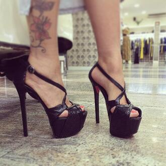shoes exagona t-strap heels t-strap sandals open toe high heels open toes cross shoes red bottoms pumps ankle strap heels heels high heels t-shirt pants sandals sandals high heels fashion shoes italian shoes jacket black shoes louboutin