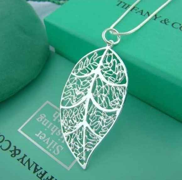 leaf jewels necklace nice