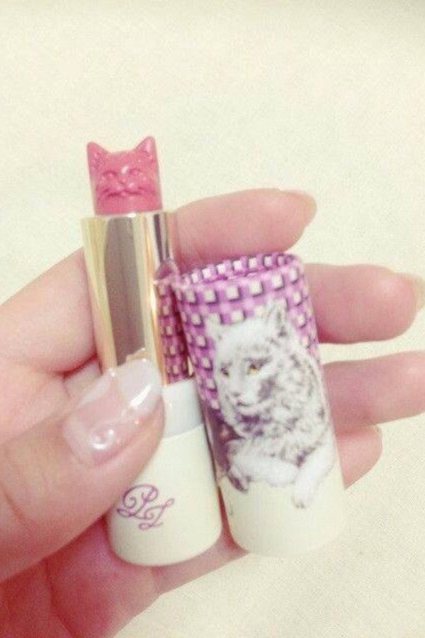 make-up cats lipstick paul and joe beaute pink #210