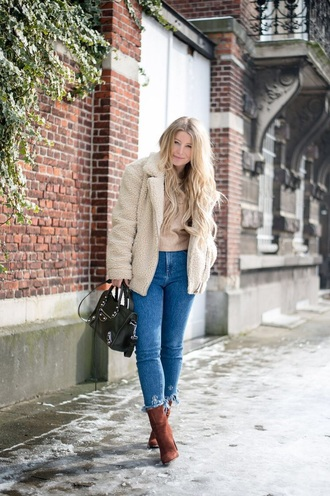 jeans boots sweater frayed denim denim blue jeans skinny jeans ankle boots jacket shearling jacket