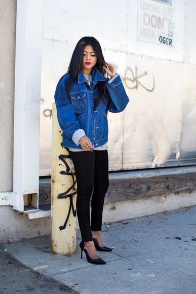 walk in wonderland blogger jeans top jacket